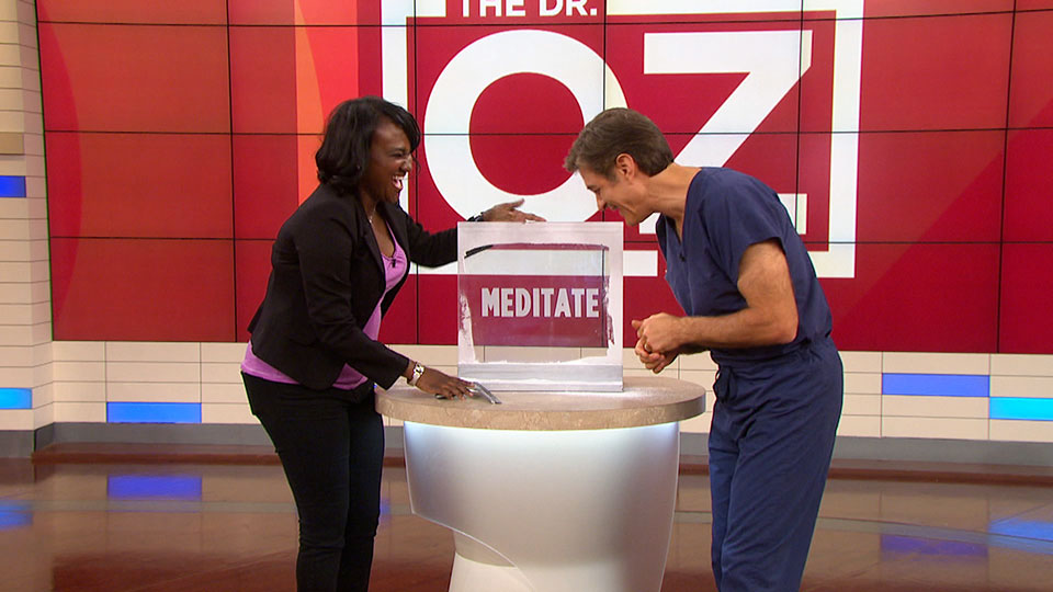 Dr. Oz Shares His Shoulder Stretch for the Shower